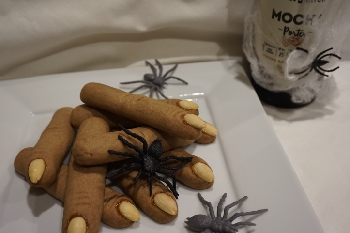 witch fingers with beer
